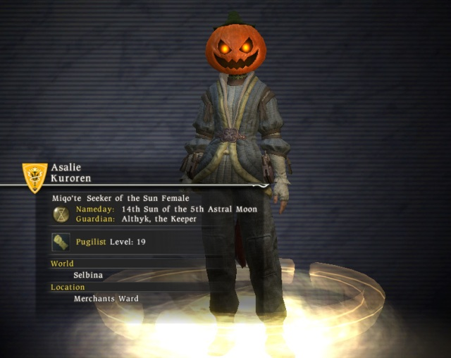 Final Fantasy XIV - Asalie wearing the halloween pumpkin hat